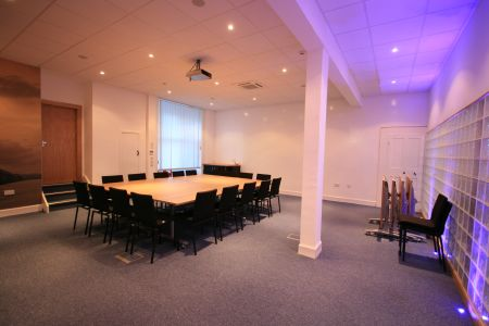 Relaxed, spacious meeting room.