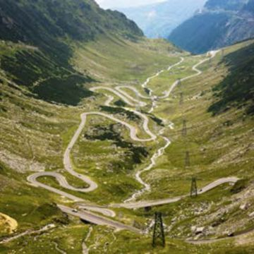 Private Tour Crossing the Transfagarasan Road into Wallachia