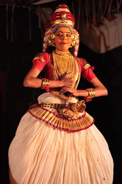 Aparna Nangiar, Nangiarkoothu, Rasakreeda 1