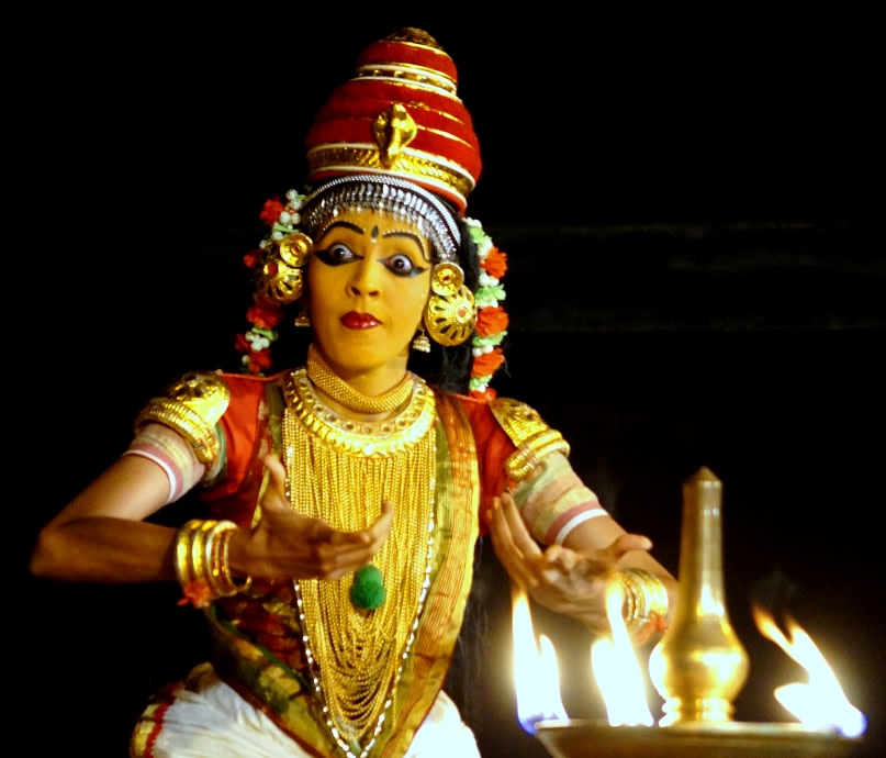 Aparna Nangiar, Nangiarkoothu, Govardhana Dharanam 3