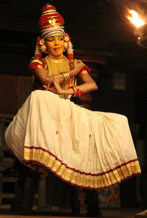 Aparna Nangiar, Nangiarkoothu, Govardhana Dharanam 1