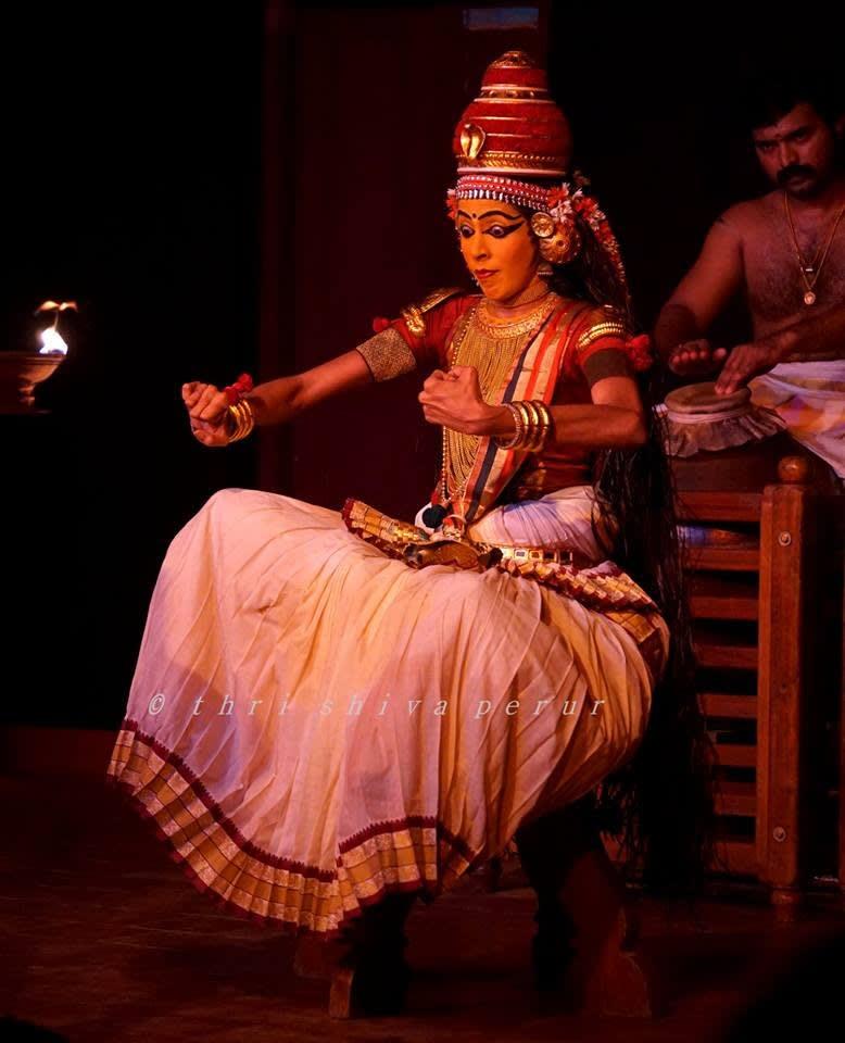 Aparna Nangiar, Nangiarkoothu, Govardhana Dharanam 2
