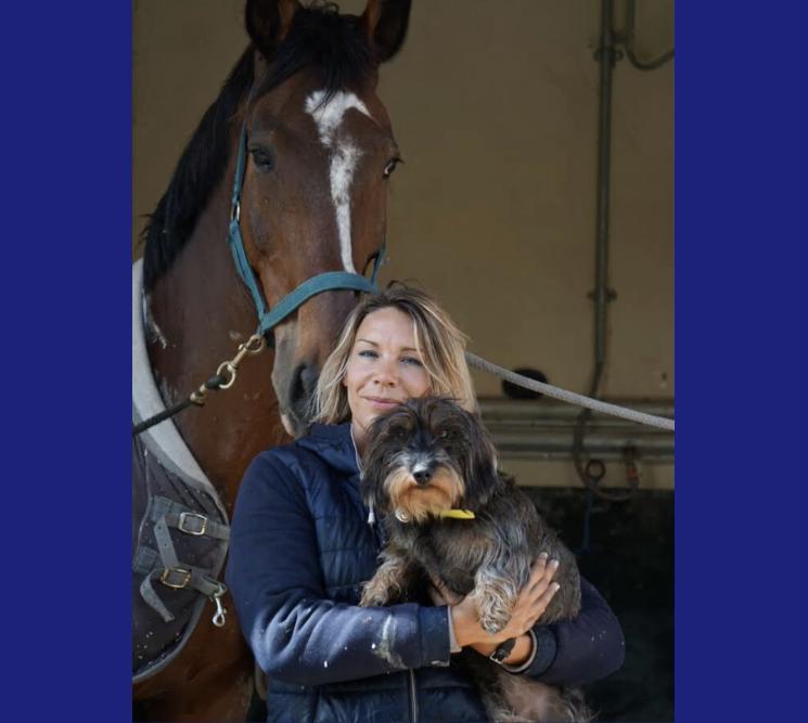 photo de couverture -Chloé génin masseur équin et canin