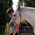 photo de profil sandra-tarpinian-equitation-ethologique