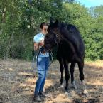 photo de profil aurelia-pasquier-osteopathe-pour-animaux