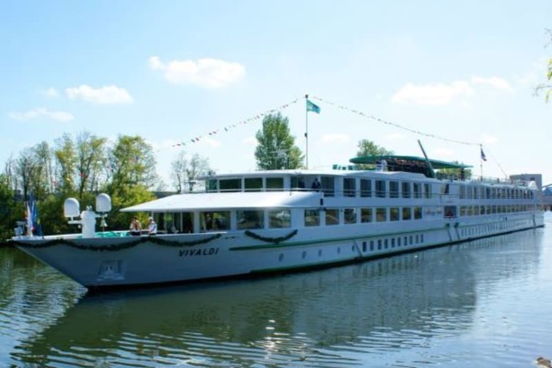 Kryssning Donau med stopp i Wien, Budapest och Bratislava