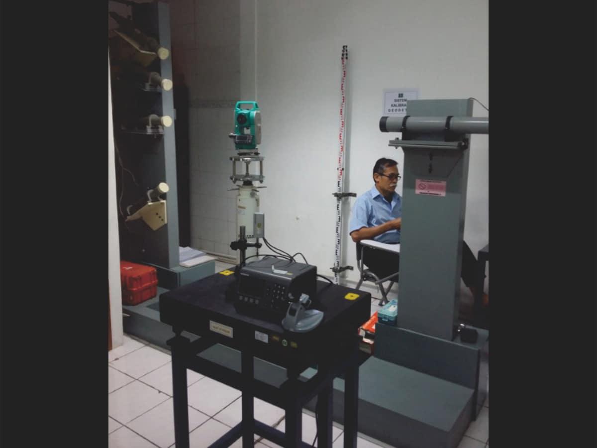 Proses kalibrasi pada Lab Dimensi