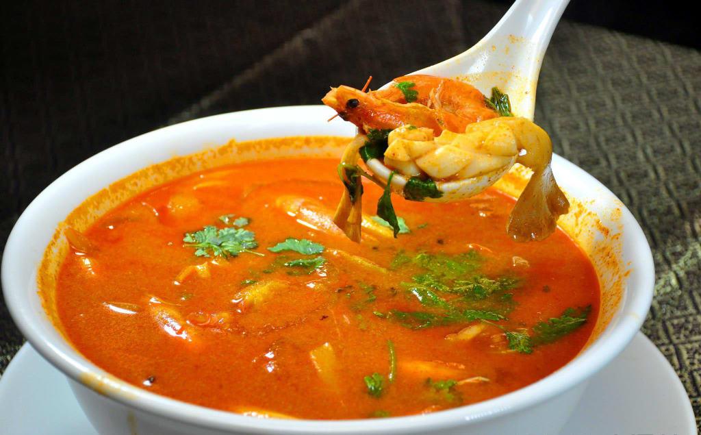 29. tom yam seafood