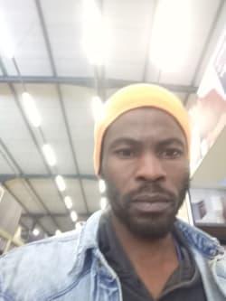 Tawanda Gumbo profile