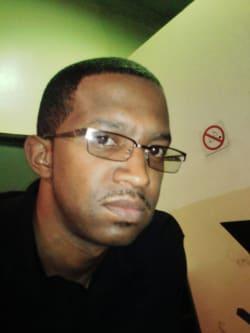 Melvin Charzen profile
