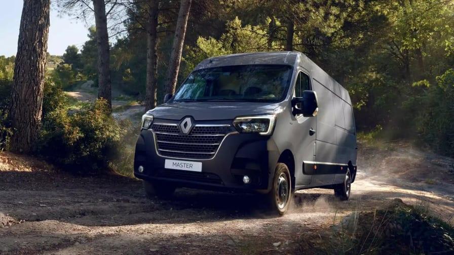 Renault Master kører offroad