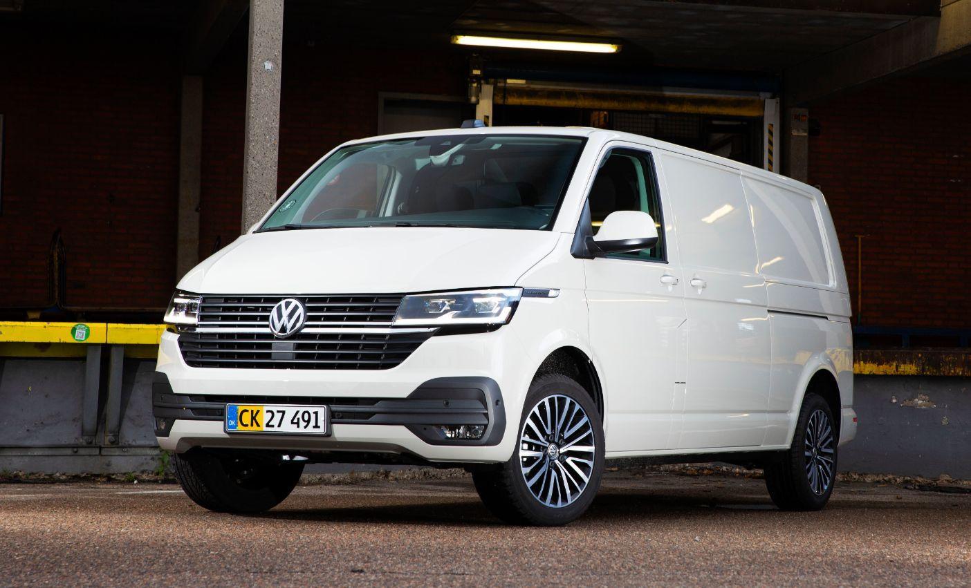VW Transporter kort forfra