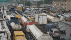 Breaking: Maritime workers suspend planned strike as FG rolls out measures to address Apapa gridlock