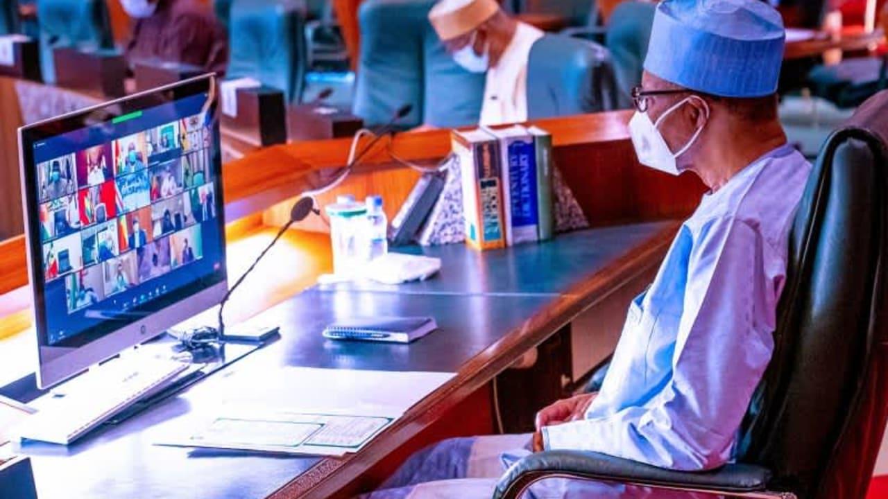Buhari calls for trimmed ECOWAS, donates $20m for terrorism war