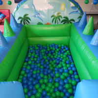 Dinosaur Ball Pool