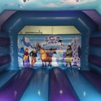 Ice Kingdom Bouncy Castle