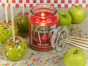 Lilly Lane Toffee Apple 18oz Candle