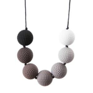 Weighted Chew Necklace�monochrome