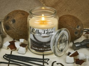 Llly Lane Vanilla & Coconut 18oz Candle