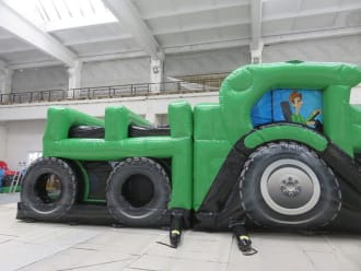 John Deere Style Tractor And Trailer Obstacle Course