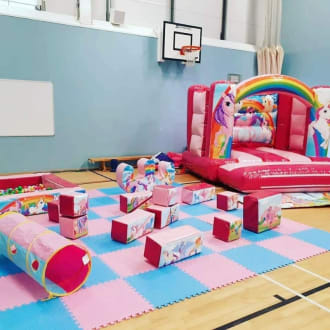 Unicorn Soft Play With Balloon Modelling
