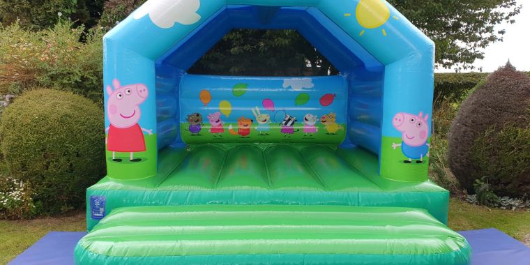 Yippee, Our Brand New Peppa Pig Castle Is Here!!