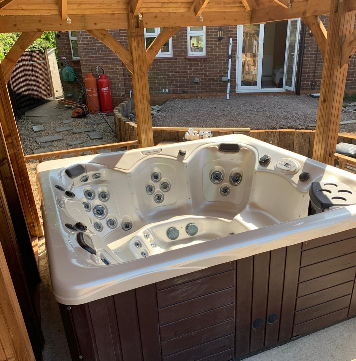The Benefits Of Buying An Approved Used Hot Tub.