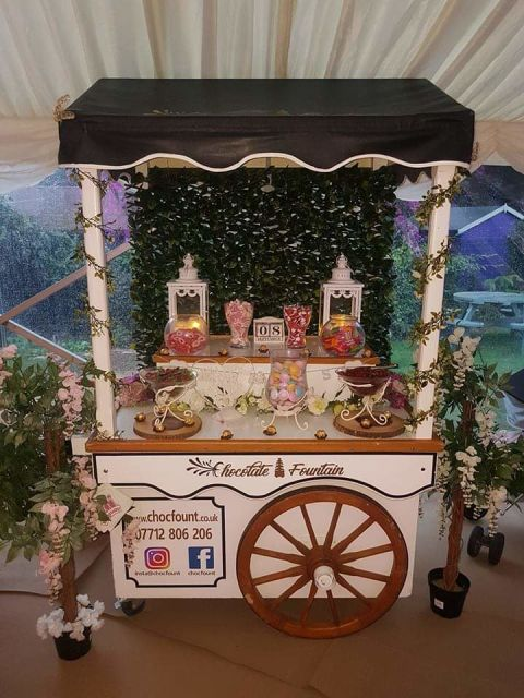 Large Deluxe White Sweet Cart
