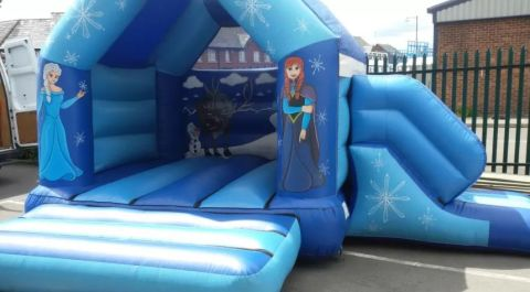 Frozen Themed Combi Castle 12 X 18 Feet