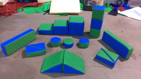 Green And Blue 17 Piece Soft Play Kits