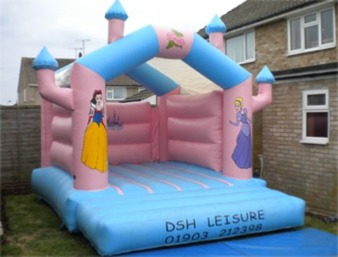 10x14ft Princess Castle With Shower Cover