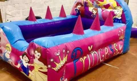 Princess Air Juggler Ball Pit