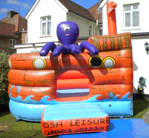 12x12ft Galleon Inflatable