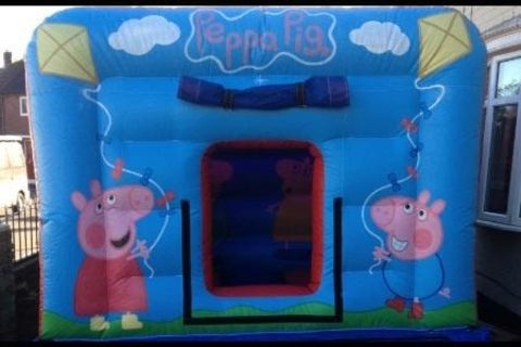 Pepsi Piggle Bouncy Castle With Flat Roof