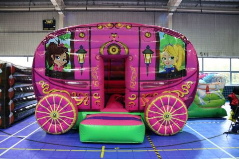 Carriage Bouncy Castle Combo