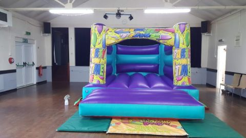 Aqua Balloons H Bouncy Castle