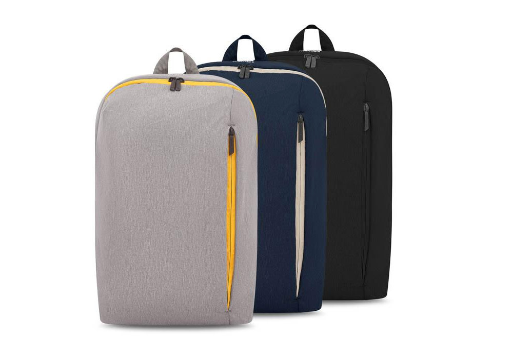 Larvik light grey, loten navy, and black versions of the Mahabis Backpack