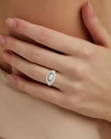 Anna Silver Band Ring in Gray Illusion