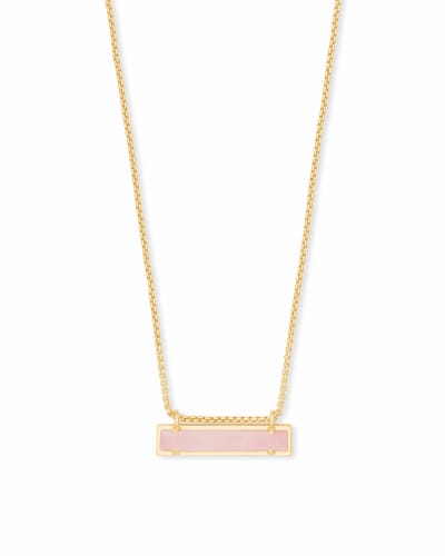 Leanor Gold Pendant Necklace in Rose Quartz