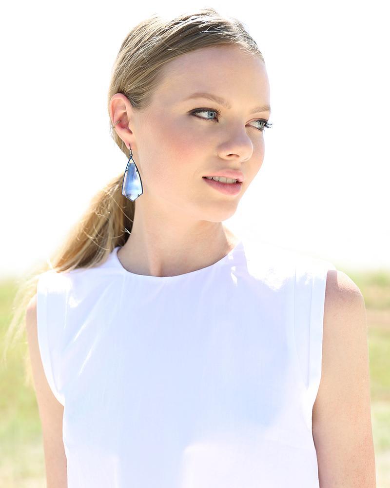 Caroline Earrings in Amethyst