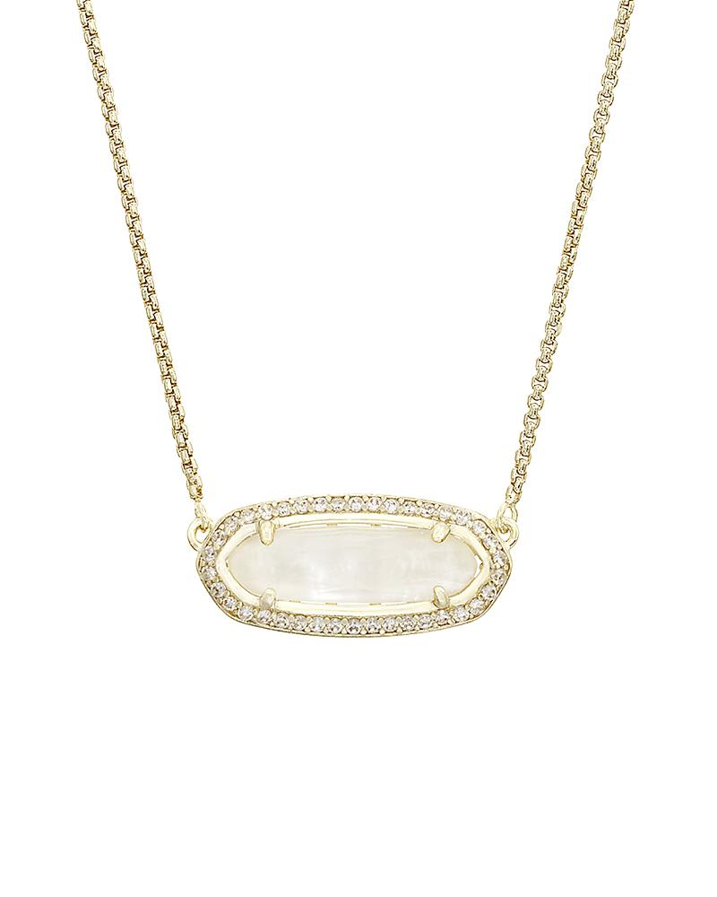 Annika Pendant Necklace in Gold