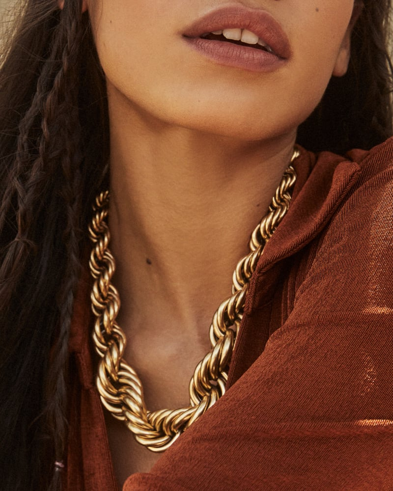 Monika Chain Necklace in Vintage Gold