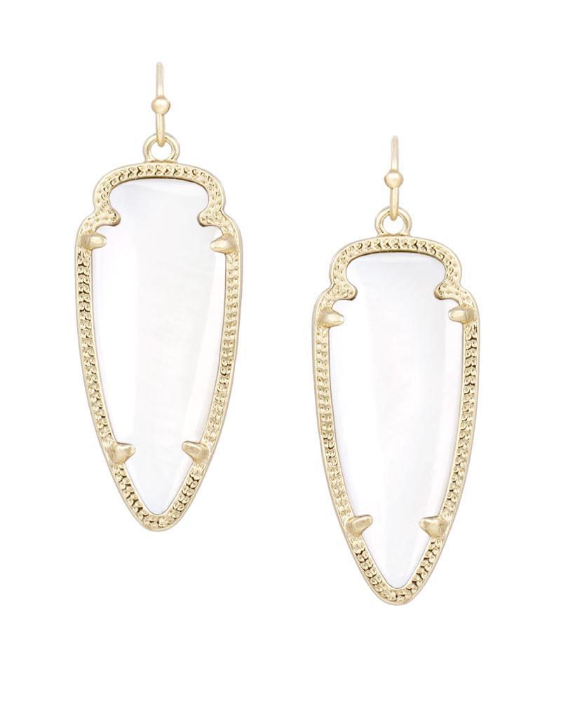 Sky Earrings in White Pearl