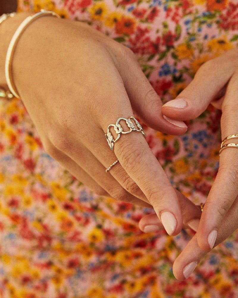 Fallyn Band Ring