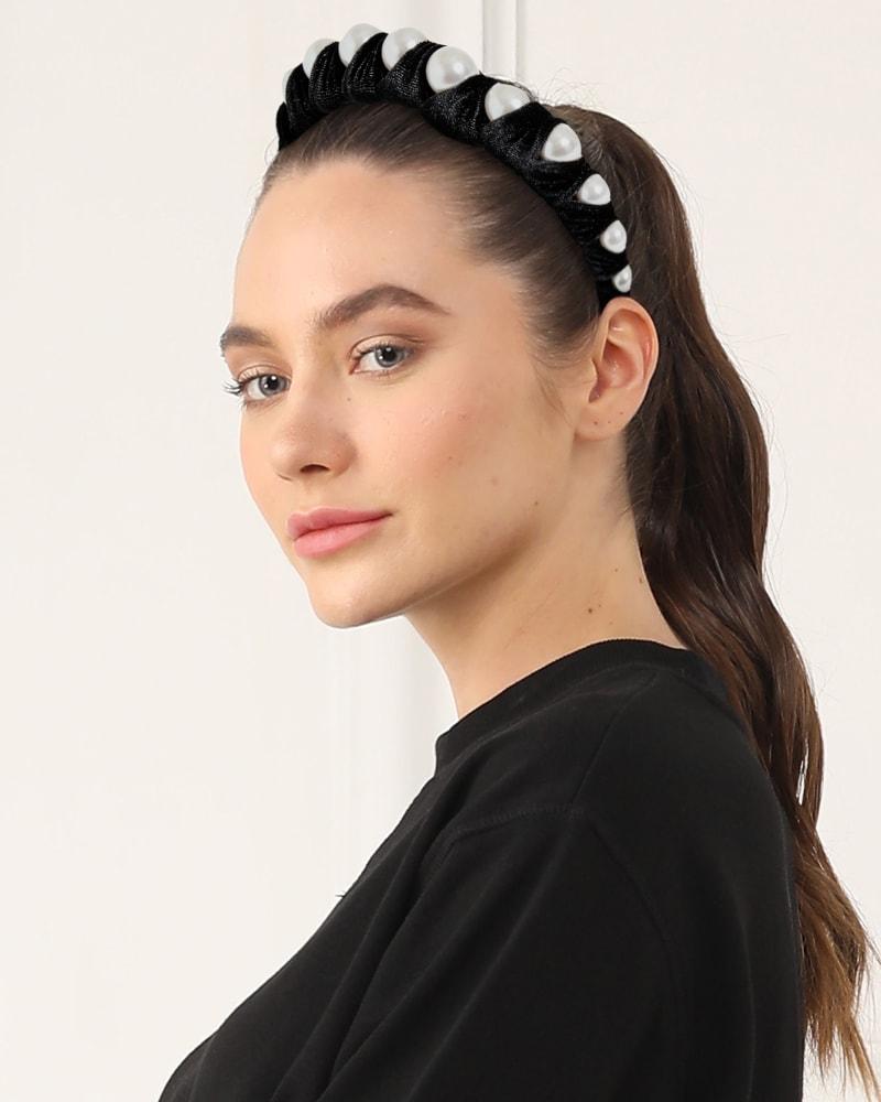 Velvet Pearl Headband in Black