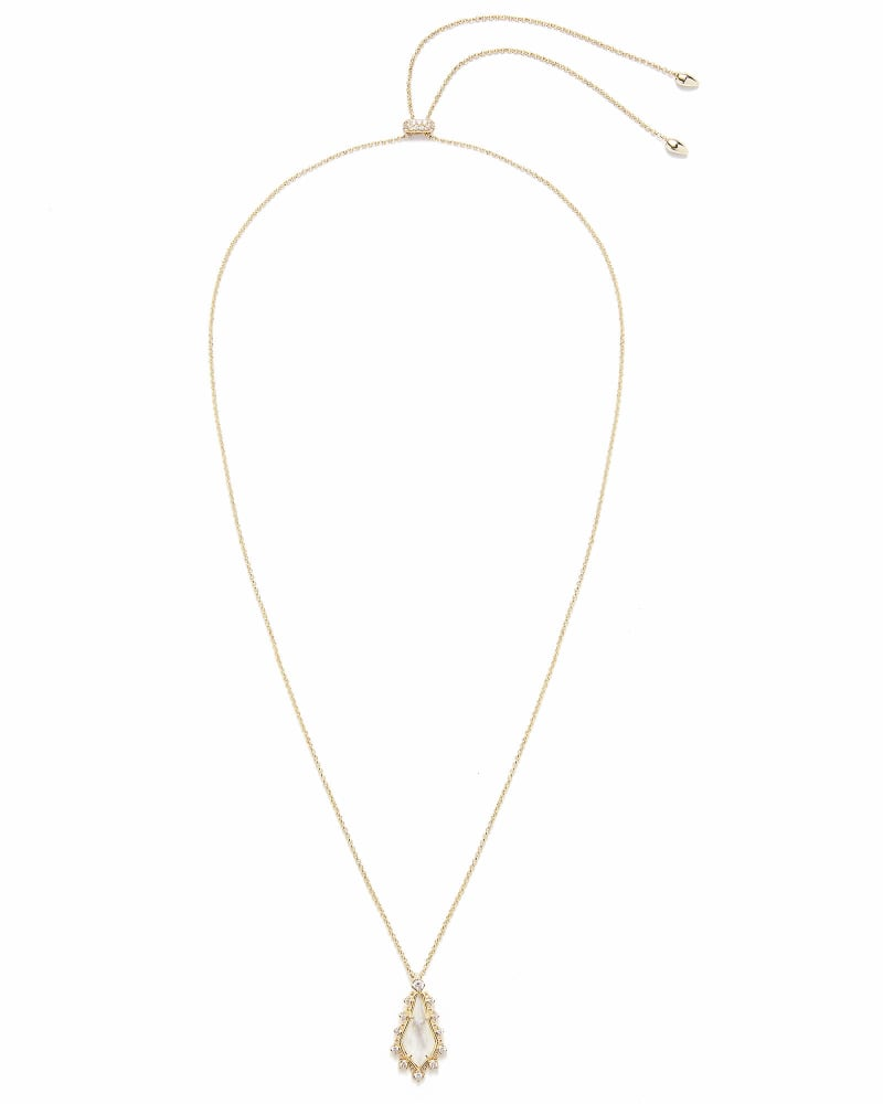 Shelly Long Pendant Necklace in Gold