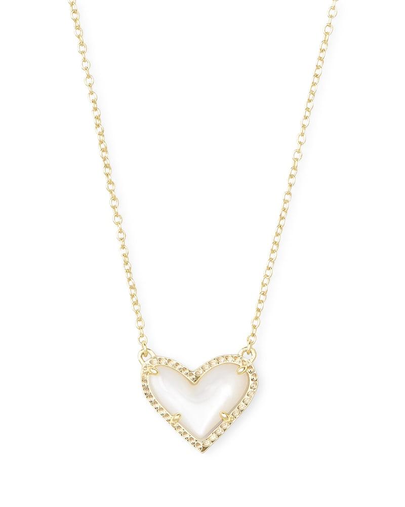 Ari Heart Short Pendant Necklace | Kendra Scott