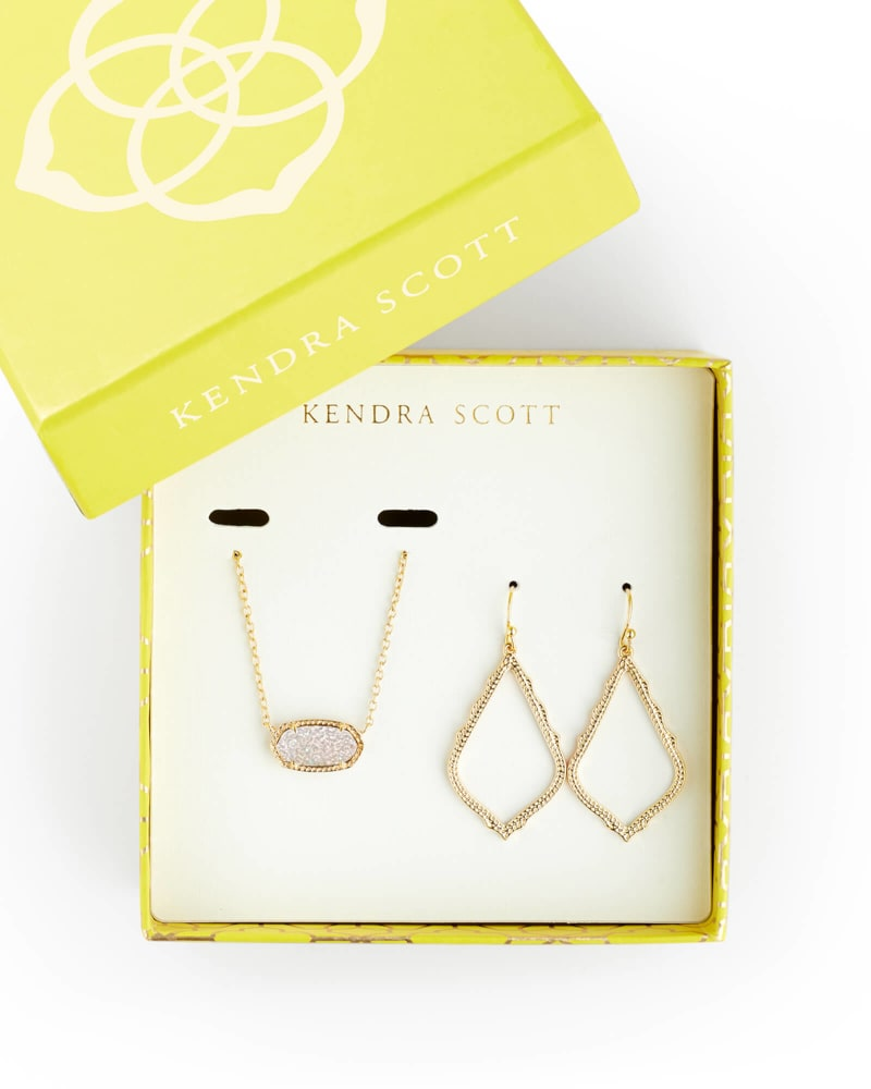 Sophia Earrings & Elisa Necklace Gift Set in Gold