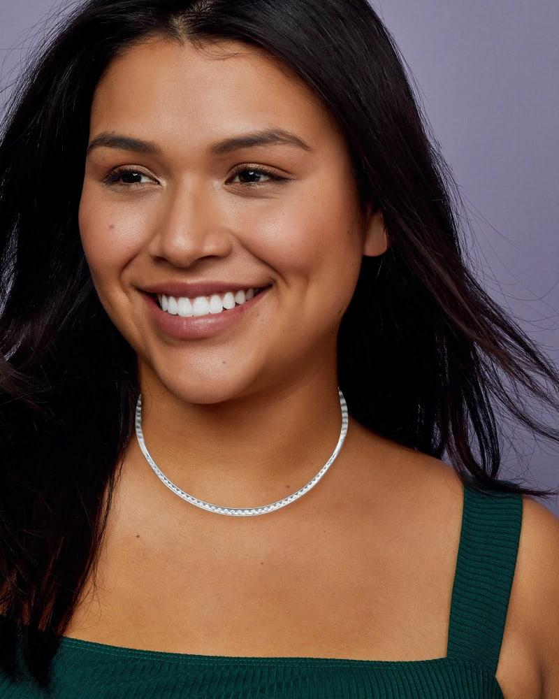 Selena Collar Necklace in Silver