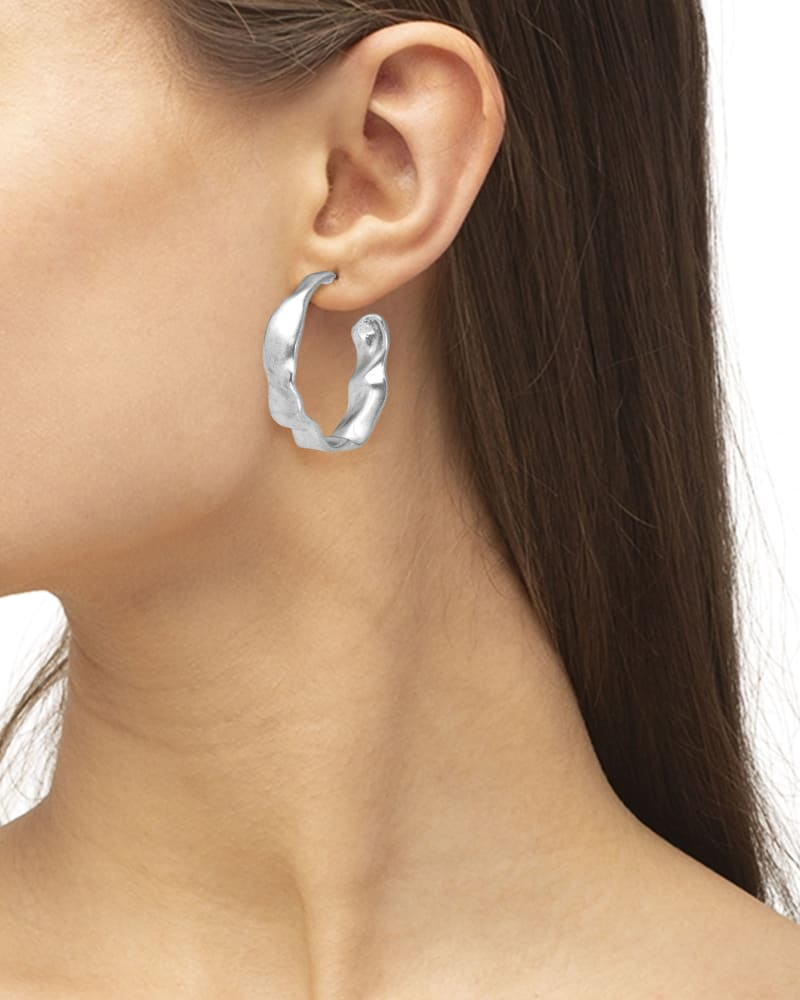 Holland Hoop Earrings in Vintage Silver